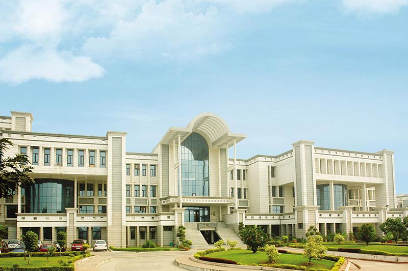 MRIU Career Institite of Technology & Management , Faridabad
