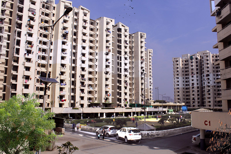 SRS Royal Hills -2,  Sector- 87, Faridabad